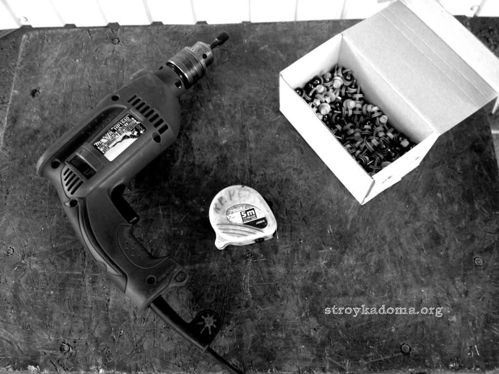 Рабочий инструмент для изготовления бытовки