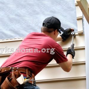 Обшивка стен дома: для чего и чем оформляют фасад?