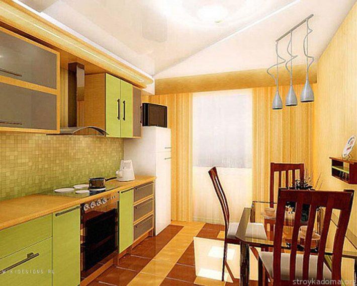 Шторы для кухни с балконом - кухонная дверь и портьеры