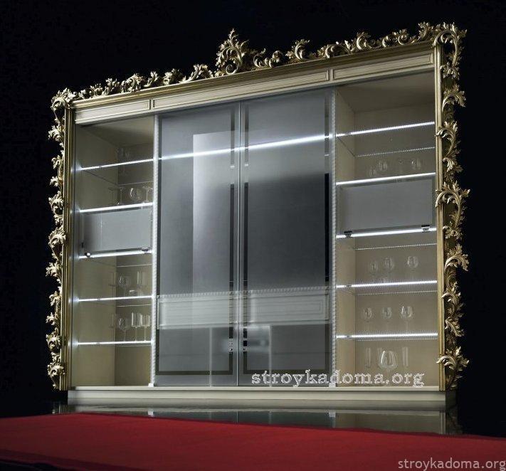шкаф-витрина для кухни