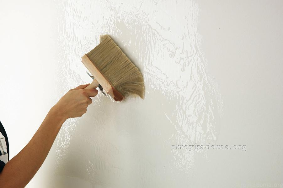 грунтование стен под плитку