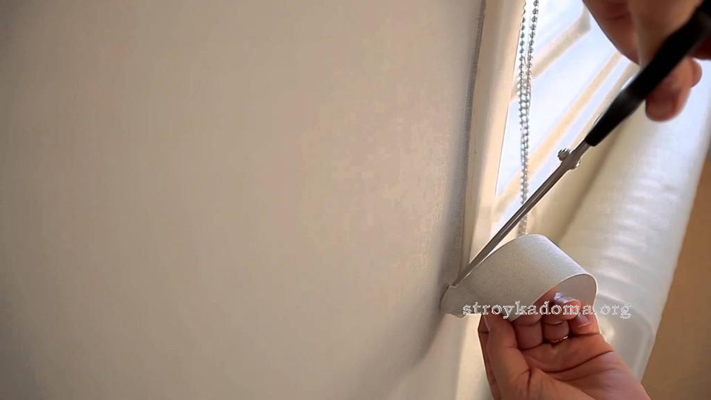 как обклнивать окна обоями