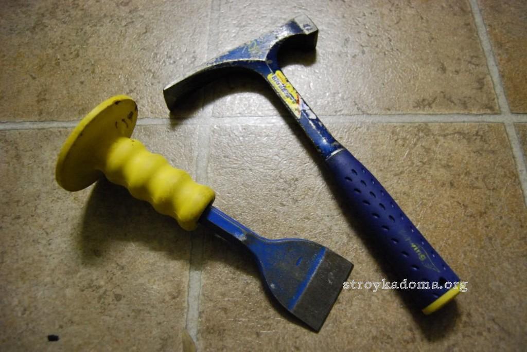 как штробить стены зубилом и молотком