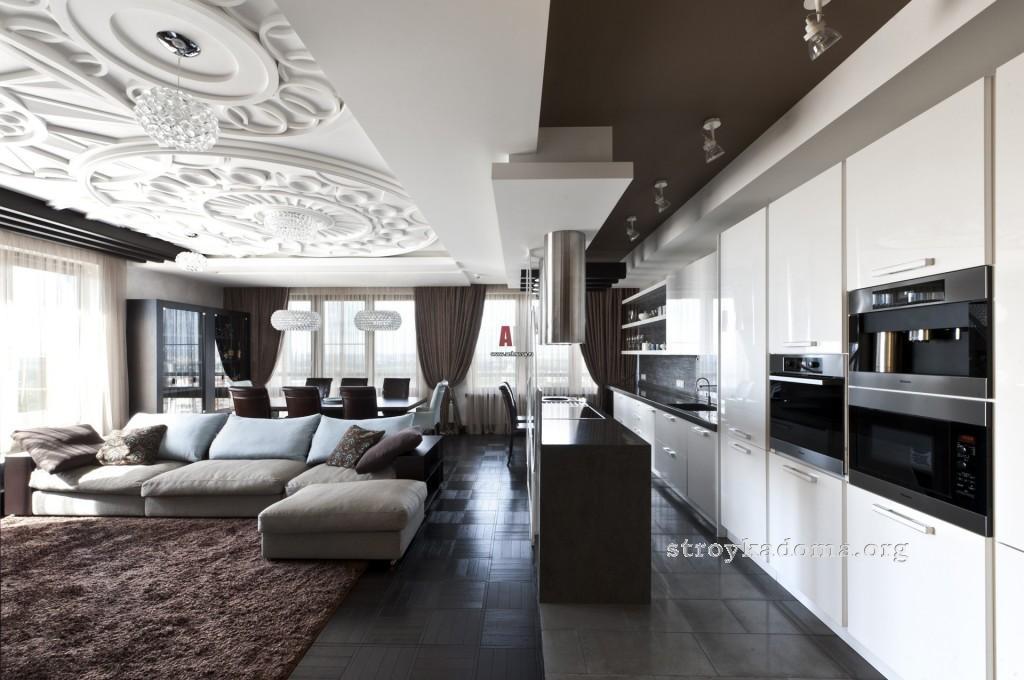 интерьер кухни с гостиной комнатой