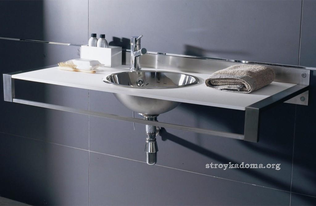 сантехника для ванной в стиле хайтек
