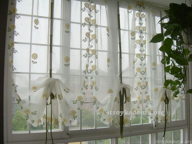 австрийские шторы выглядят очень мило