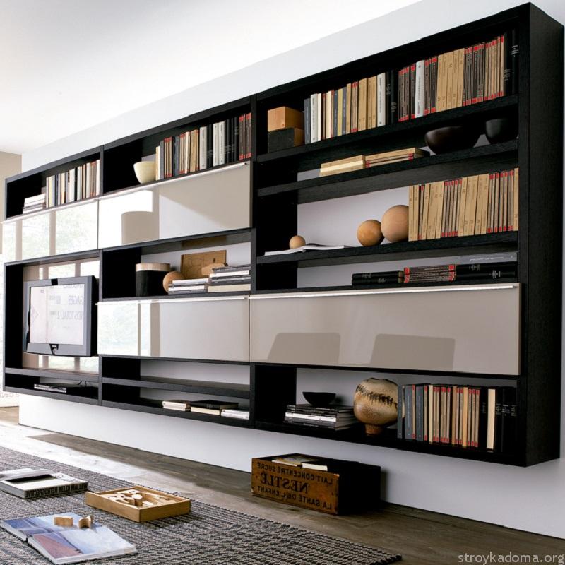 Черные книжные полки