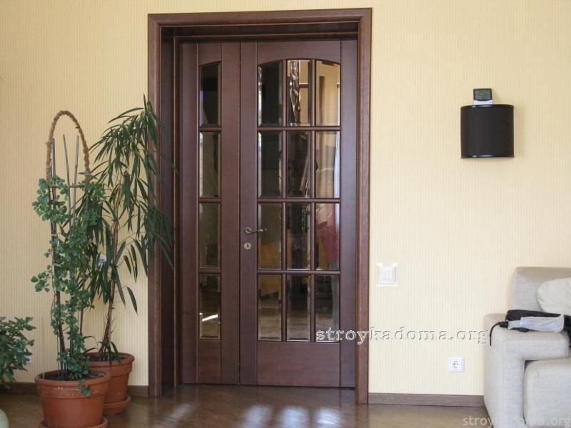 дверь полуторная