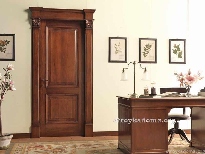 1418801058_mezhkomnatnaya-dver-v-klassicheskom-stile