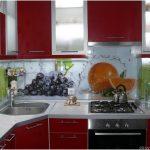 Красная кухня в хрущевке