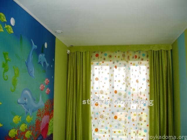 Салатовые шторы для детской фото