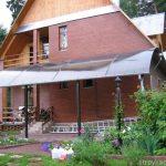 пристроенные к дому из поликарбоната навесы фото - 21