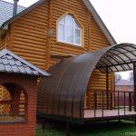пристроенные к дому из поликарбоната навесы фото - 25