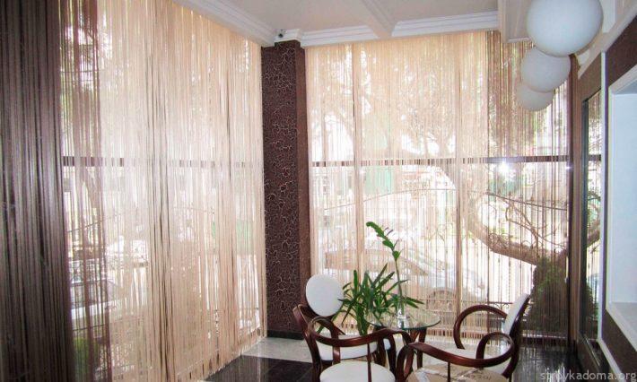 Кисея или шторы-нити - простой в уходе и красивый материал