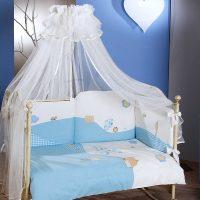 Балдахин на детскую кроватку: бережем сон малыша