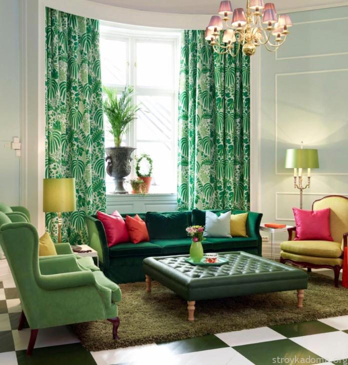 Оттенок штор перекликается с цветом мебели