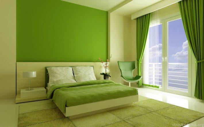 Монохромная спальня в зеленых тонах — тренд года