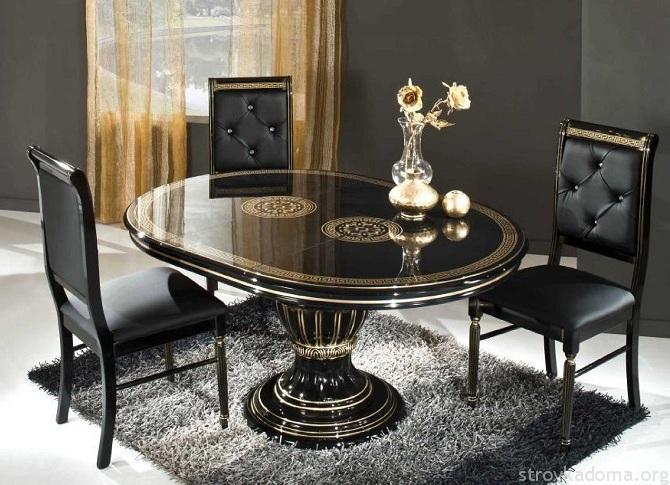 Темный стеклянный стол