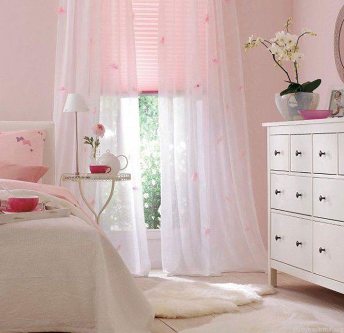 Сказочная розовая детская для девочки-подростка