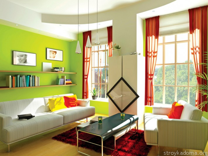 Яркая красно-зеленая комната