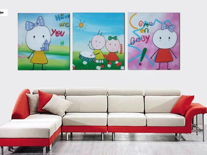 Модульное полотно, построенное из детских рисунков – прекрасный подарок родителям или бабушке и дедушке.
